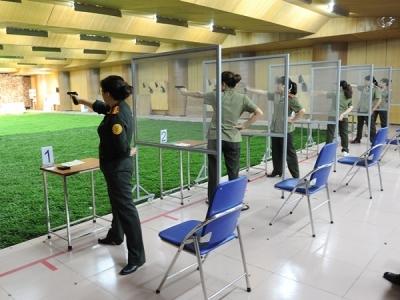 Nữ cảnh vệ những thành tích trong bộ môn bắn súng