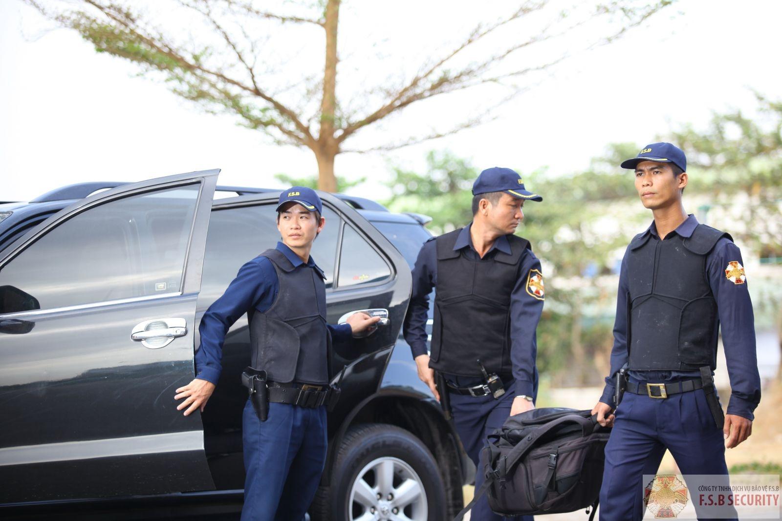 Công ty bảo vệ tại quận hoàng mai – Áp tải hàng hóa p1