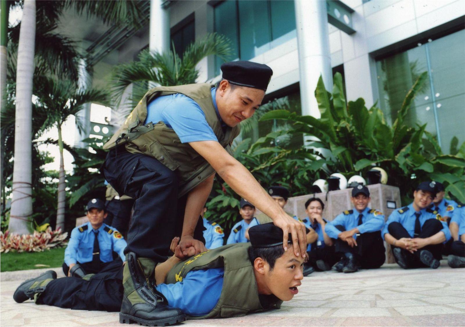 an ninh dịch vụ bảo vệ chuyên nghiệp tại miền bắc