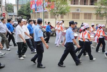 Luôn vì khách hàng – Công ty bảo vệ tại quận Hoàn Kiếm
