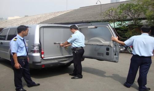 Dịch vụ bảo vệ tại miền bắc – Bảo vệ vận chuyển tiền và hàng hóa